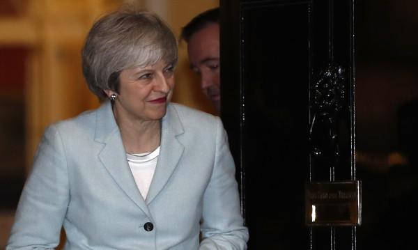 Мей ще иска отсрочка от парламента, ще преговаря с ЕС?