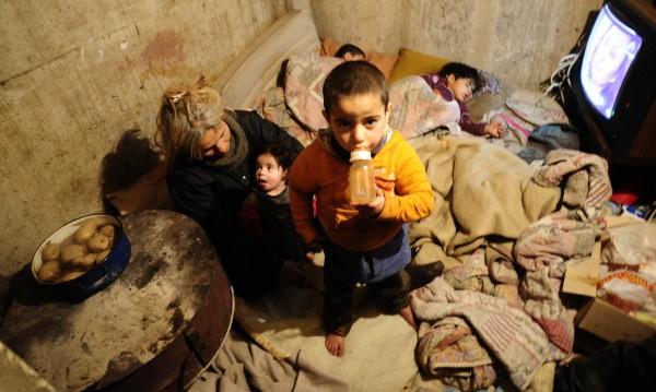При съседите - в ромския квартал на Битоля: Тук не се живее!