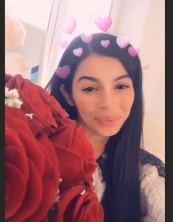 Мегз сияе от щастие, получи валентинка... от ареста!