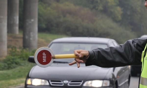 """Българинът """"за"""" ограничения за новите шофьори, но не вярва в ефекта им"""