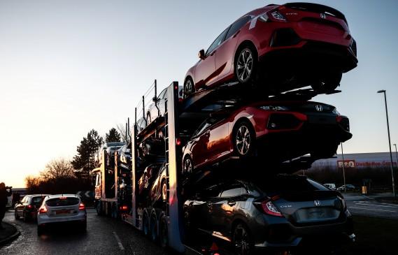 Хонда затваря завода си на Острова с 3500 работни места