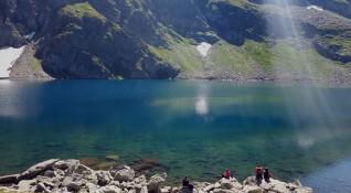 Рила се задъхва! Проект и техника ще намаляват туристите на Седемте езера