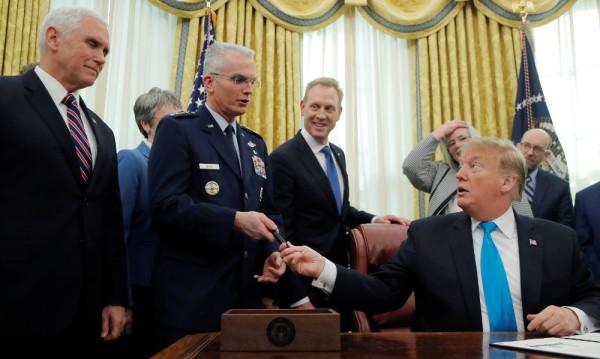 Тръмп нареди да бъдат създадени космически войски