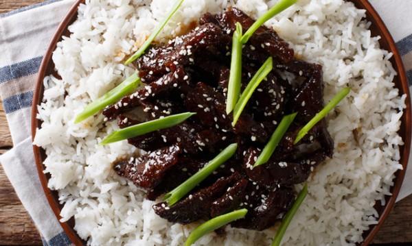 Рецептата Dnes: Телешко по монголски с марината