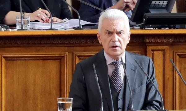 Сидеров настоява: Нито лев за депутатите, които не са на работа!