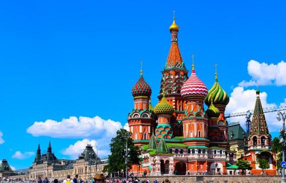Без будилник из необятната Русия: Москва и Санкт Петербург