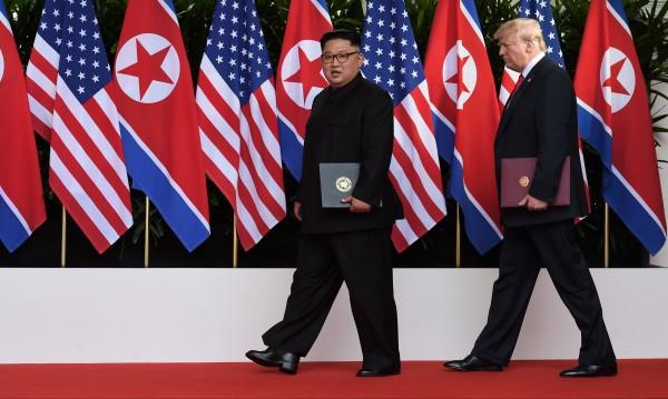 Ким Чен Ун потегли към Тръмп с влак, но брониран