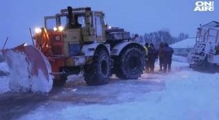 След снежната нощ: Обстановката в страната се нормализира