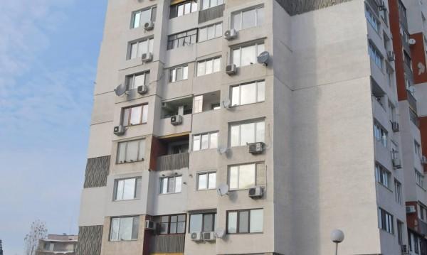 c3168d10b14 Жена скочи от седмия етаж на жилищен блок в Пловдив   Dnes.bg Новини