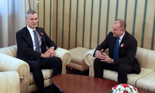 Радев увери шефа на НАТО: Ще бъдем стълб на Балканите