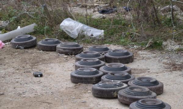 Откриха противотанкови мини до жп линията Плевен-София