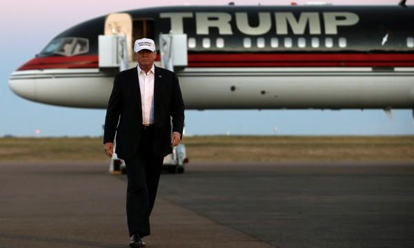 Тръмп разкри защо самолетите падат – прекалено сложни са!