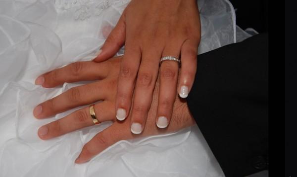 За 10 г. подписани 4500 брачни договора. За или против?