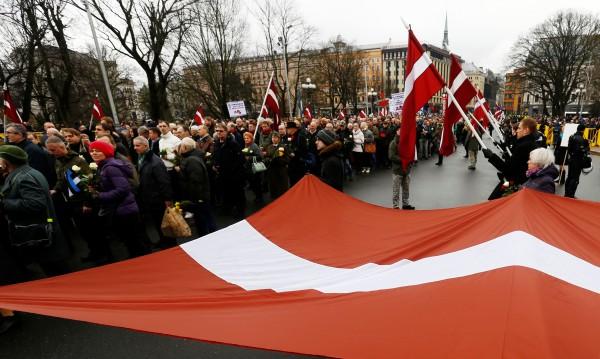 Напрежение между Русия и Латвия заради шествие в Рига