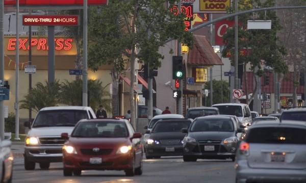 В богата Калифорния – хиляди бездомни живеят в колите си