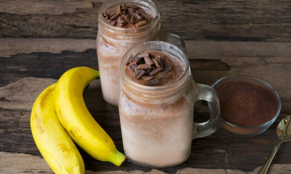 Рецептата Dnes: Какаово смути с банан и бадемово мляко