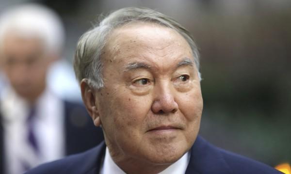 """Епохата """"Нурсултан"""": Назарбаев ще е нещо повече от президент на Казахстан"""