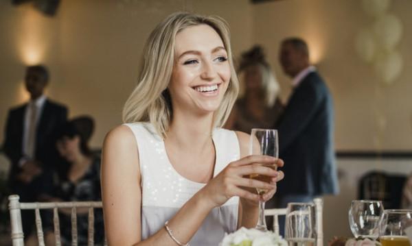 За необвързаните! Как да преживеете сезона на сватбите?