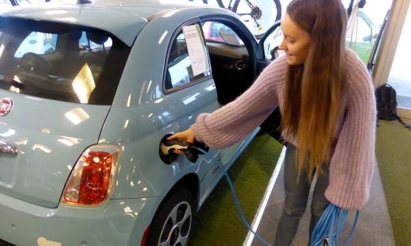 Елетрическите коли са безопасни? Да, ама не