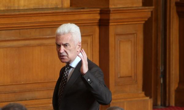 Сидеров: Очаквам раздвижване и покрай Цветан Цветанов