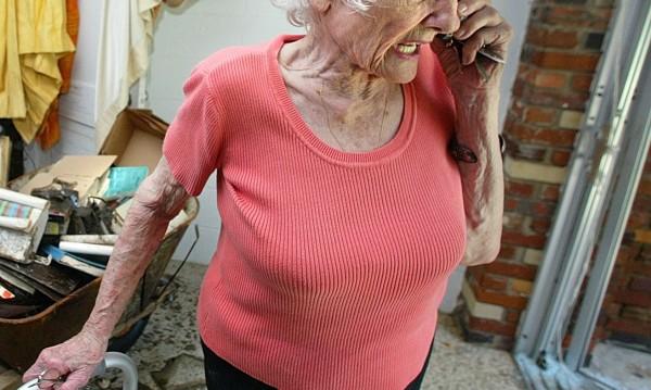 """""""Санитар"""" взе 4000 лева от възрастна жена в Ловешко"""