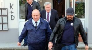 Арестуваната полицайка внесла нелегално мобилка за Боклука