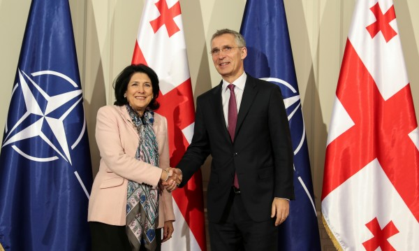 Решено: Грузия влиза в НАТО, независимо от Русия!
