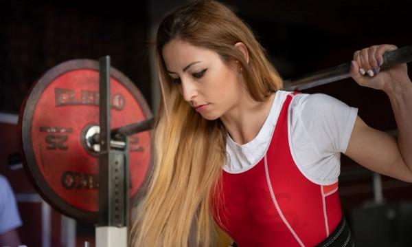 Историята на Жасмина Гевезиева за емоционалното хранене