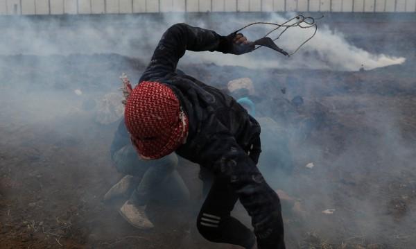 33 палестинци ранени при сблъсък с израелската армия