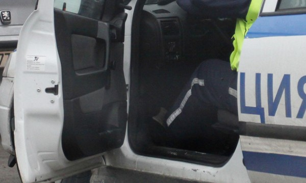 """Седем катаджии от Перник в ареста за """"такса спокойствие"""""""