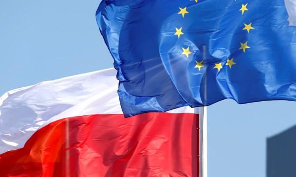 Евровотът в Полша ще е избор за бъдещето на страната