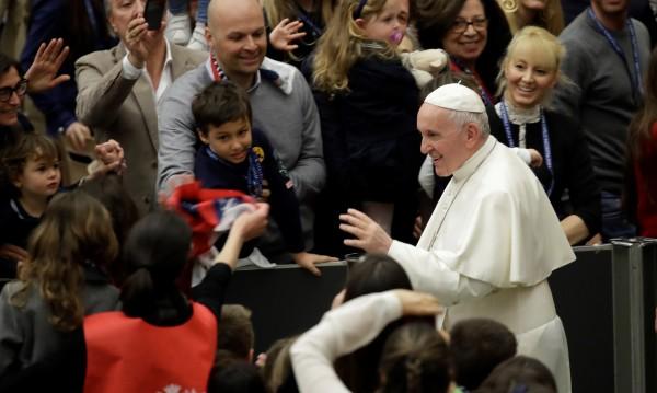 Папата обвини Европа и САЩ: Продавате оръжия, разпалвате войни