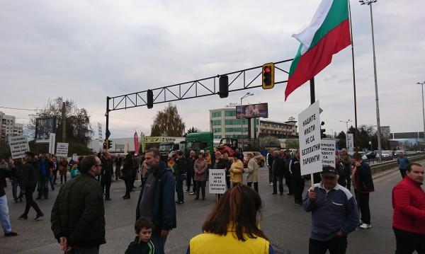 """""""Горубляне"""" протестира: Искат среща с премиера!"""