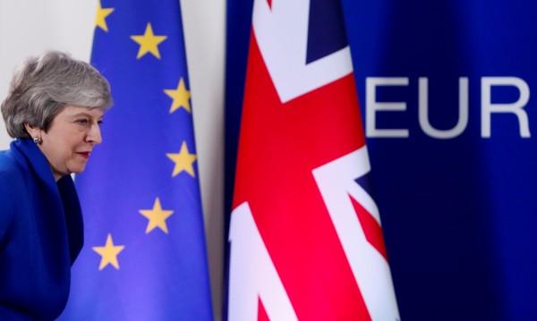 След 3 г. към Brexit: Пакост или лакомство? Договориха отлагане до Хелоуин