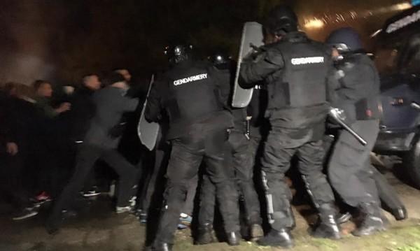 В Габрово отново сблъсъци с полицията, има задържани