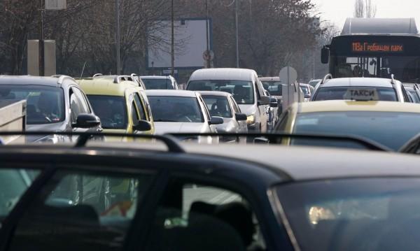 Като в Париж: Мерките срещу мръсния въздух ще засегнат шофьорите