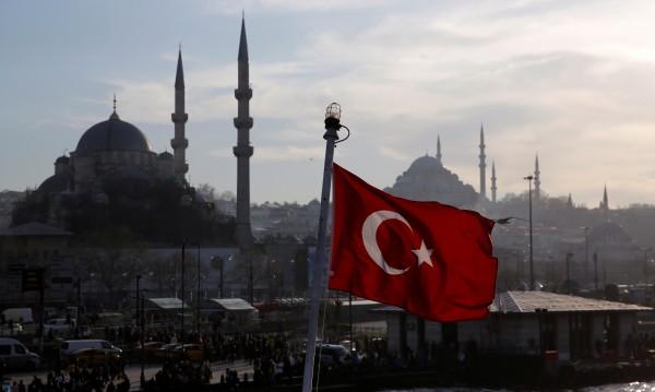 """""""Йени шафак"""": Турция е била на 3 континента, не е вършила масови убийства"""