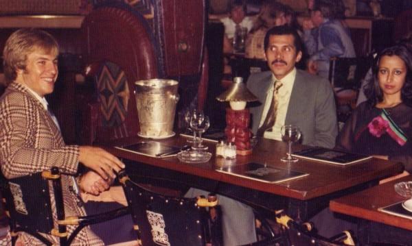 Бедно момче, саудитски принц и асансьор – какво може да се обърка?