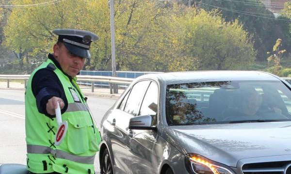 """""""Пътна полиция"""" със засилени проверки по пътищата"""