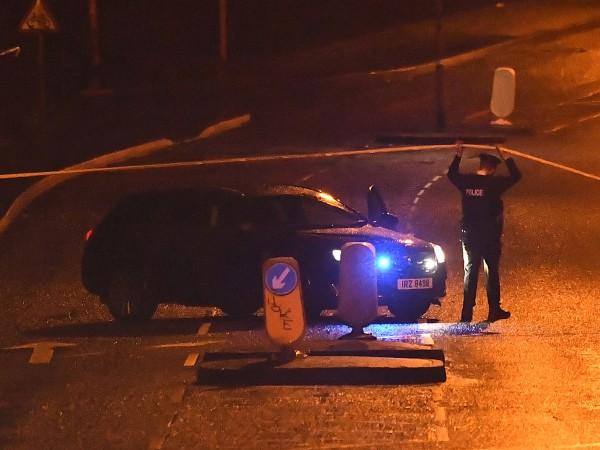 Снимка: Убиха жена в Северна Ирландия, Лондон – тероризъм е!
