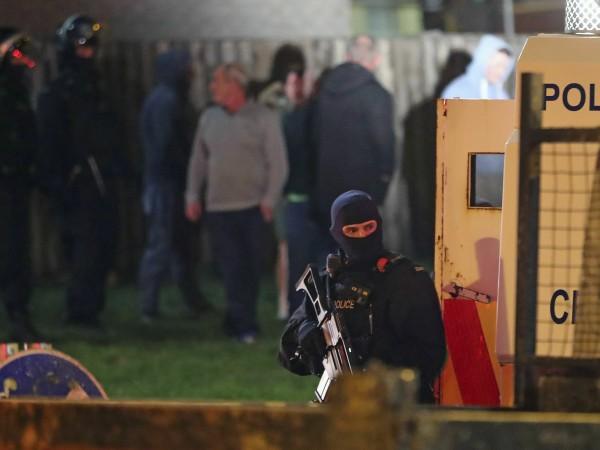 Застреляната снощи в Лондондери по време на размирици 29-годишна жена