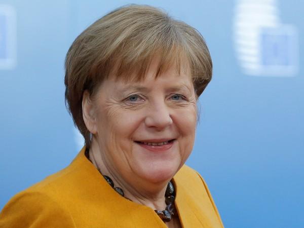 Снимка: Сбогуването вече започна. Но ще управлява ли Меркел до 2021 г.?