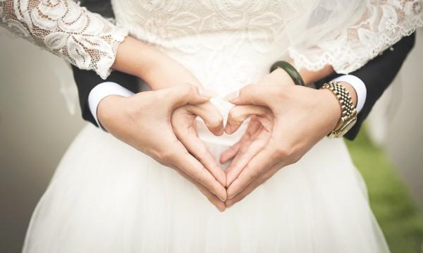 Кога е най-добре да сключите брак, според зодията