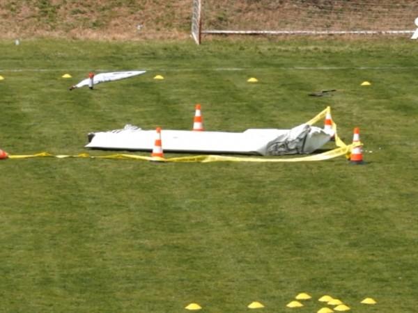 45-годишният Стефан Василски, кйто е пилотирал спортния самолет, паднал днес