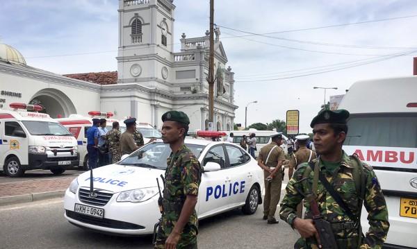 Тероризъм на Великденска литургия: Поне 42-ма убити в Шри Ланка