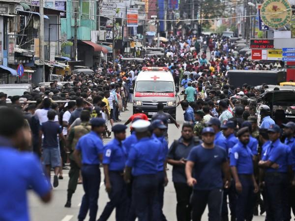 Снимка: До 11.00 часа: Няма пострадали българи в Шри Ланка