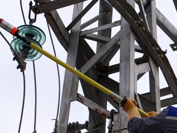 """Кражба на електроенергия разкриха служители на """"ЧЕЗ Разпределение България"""" със"""
