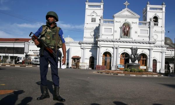 Установен е контакт с още 6 българи в Шри Ланка, добре са