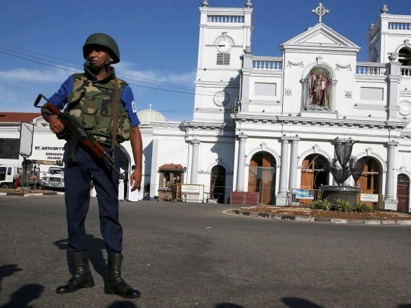 Снимка: Установен е контакт с още 6 българи в Шри Ланка, добре са