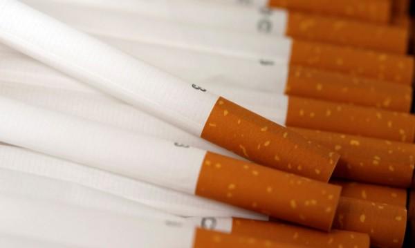 Митничари спипаха 900 000 къса незаконни цигари